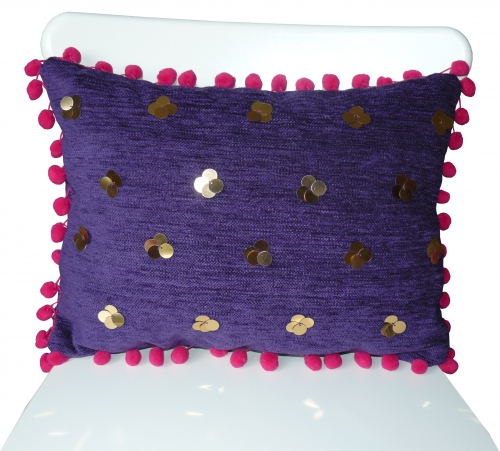 coussin, coussin pompons, coussin brodé, broderie coussin, coussin velours, velours violet, coussin sequin, sequin or, broderie sequins, pompons